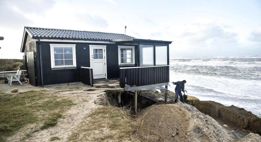 Sommerhus ved Nørlev Strand i Nordjylland efter stormen Helga 4. december 2015. Foto: Henning Bagger