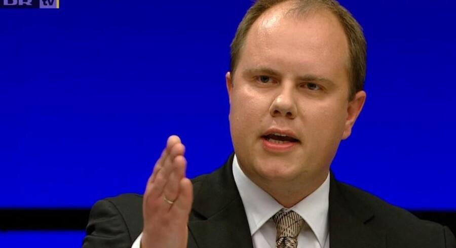 Screenshot fra sidste torsdags 'Debatten'. Martin Henriksen mener slet ikke, at tonen, der ellers rystede flere, var hård. Debatten om danskhed er vigtig - den handler nemlig om nationens overlevelse, mener han.