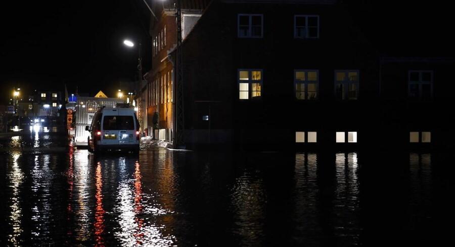 Forhøjet vandstand i Køge onsdag aften d. 4. januar 2017, som følge af stormflod. (Foto: Claus Bech/Scanpix 2017)