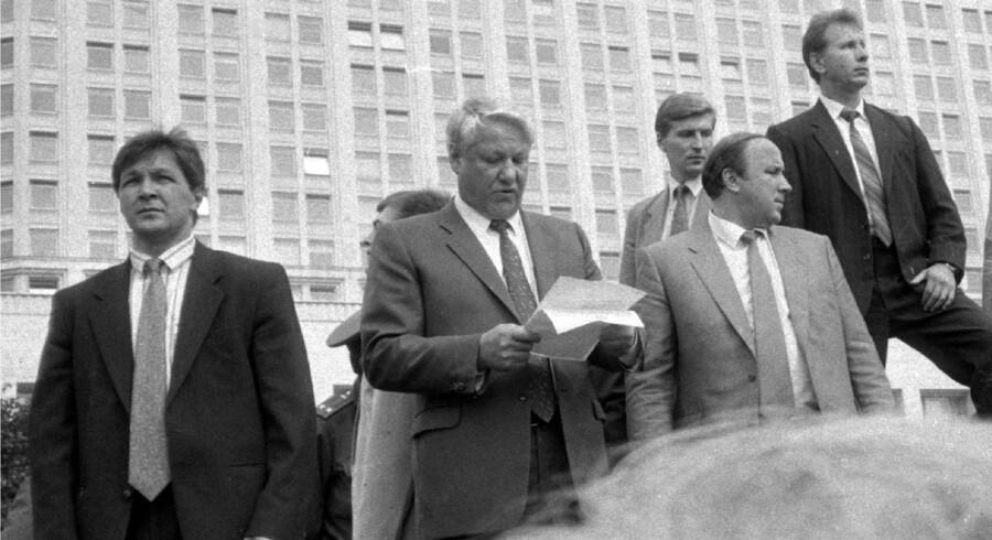 For 25 år siden gik titusinder af mennesker på gaden i Moskva for at standse et statskup