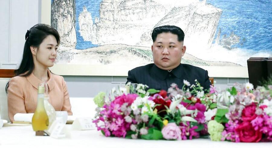 Kim Jong-un ønsker en amerikansk tilbagetrækning af styrkerne for at mindske risikoen for, at amerikanske styrker skulle gå til angreb på Nordkorea. Korea Summit Press Pool/Pool via Reuters