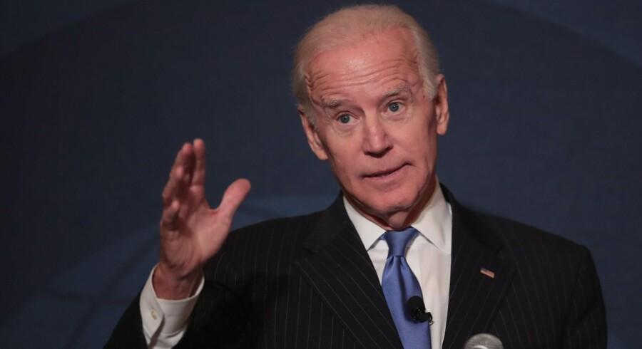 Joe Biden foretrækker at hjælpe andre til at blive USA's næste præsident, men afviser heller ikke selv at stille op.