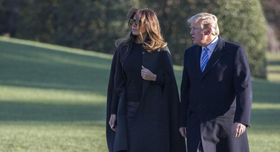 Trump gjorde både grin med pressen og sin egen administration under den traditionelt muntre middag mellem præsidenten og journalister, som han sidste år meldte fra til.EPA/Chris Kleponis/ SIPA USA POOL