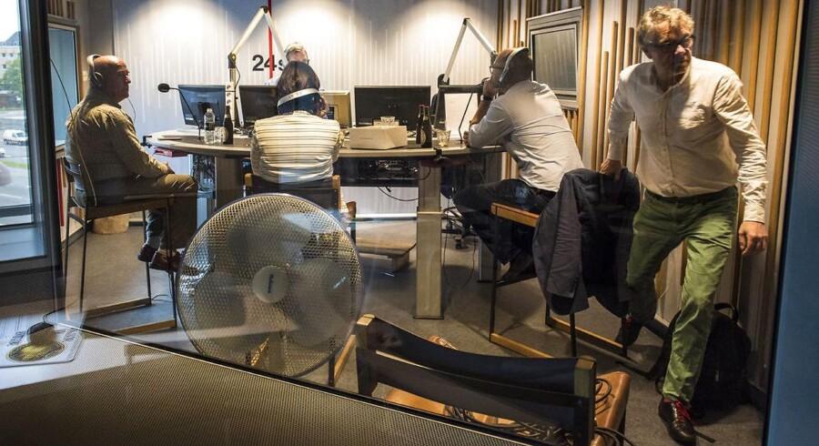 Bag Facaden: Søren Espersen. Deltager i Cordua og Steno på Radio 24syv, sammen med Karen Ellemann (V) og Rasmus Prehn (S)