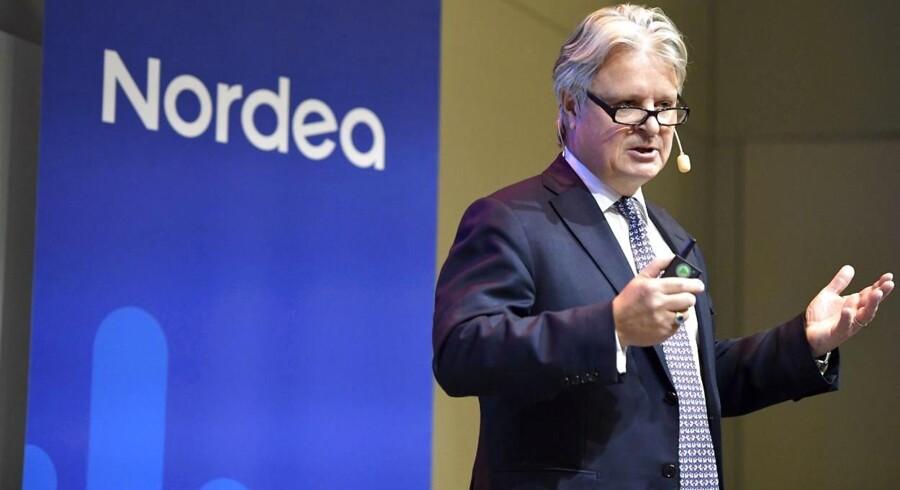 Nordea-topchef Casper von Koskull er langt fra tilfreds med udviklingen i det forgangne år, hvor faldet i indtægter ikke vækker begejstring.