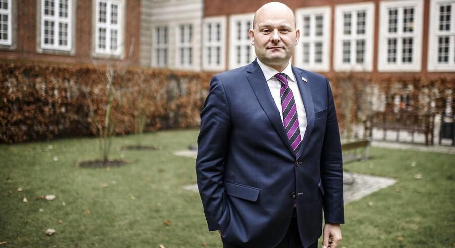 (ARKIV) Justitsminister Søren Pape Poulsen i Justitsministeriets gård, den 23. februar 2018.