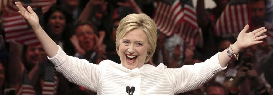 Demokraternes præsidentkandidat, Hillary Clinton, er nødt til at forholde sig til en række særlige udfordringer i sin tale, hvis hun vil vinde over republikanernes kandidat, Donald Trump.