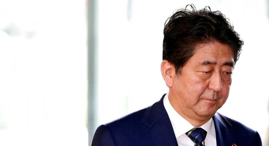 Japans premiereminister, Shinzo Abe skal for første gang mødes med den danske statsminister, Lars Løkke Rasmussen.