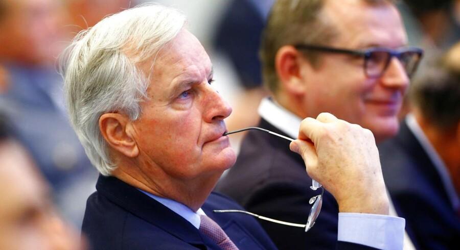 »Vi arbejder stadig. Det er det eneste, jeg kan sige,« siger Michael Barnier om forhandlingerne mellem Storbritannien og EU.