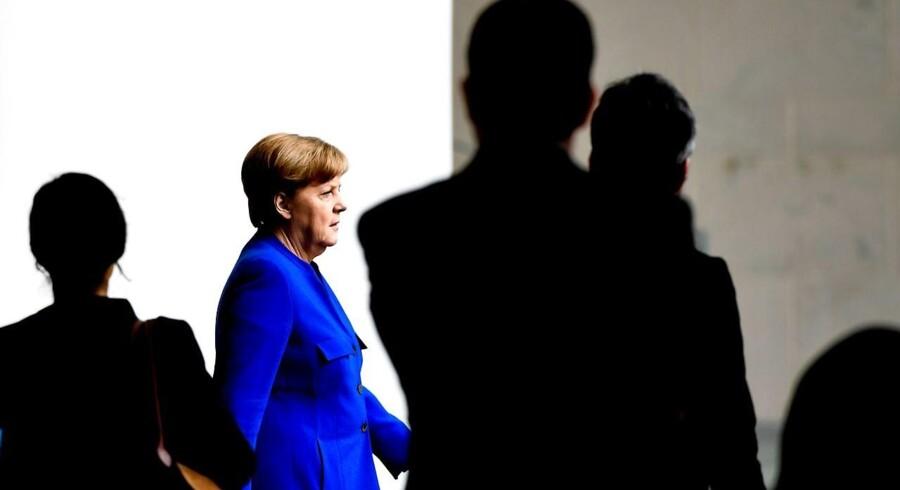 De EU-lande, som ikke lever op til EUs fælles regelgrundlag, skal heller ikke kunne modtage EU-midler, lyder et tysk forslag. EPA/FILIP SINGER