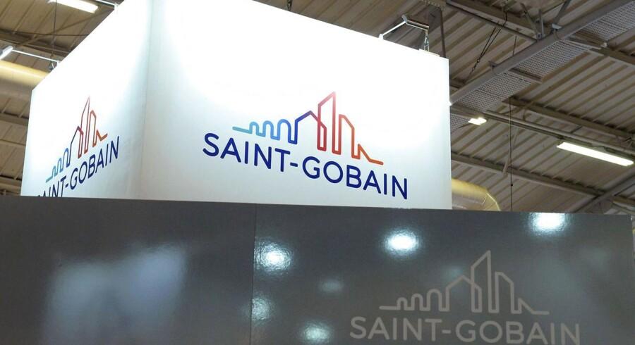 Også den franske byggekoncern Saint-Gobain, som ejer flere danske byggevirksomheder, påvirkes økonomisk af hackerangrebet, der lagde Mærsk-koncernen ned i flere dage. Arkivfoto: Eric Piermont, AFP/Scanpix