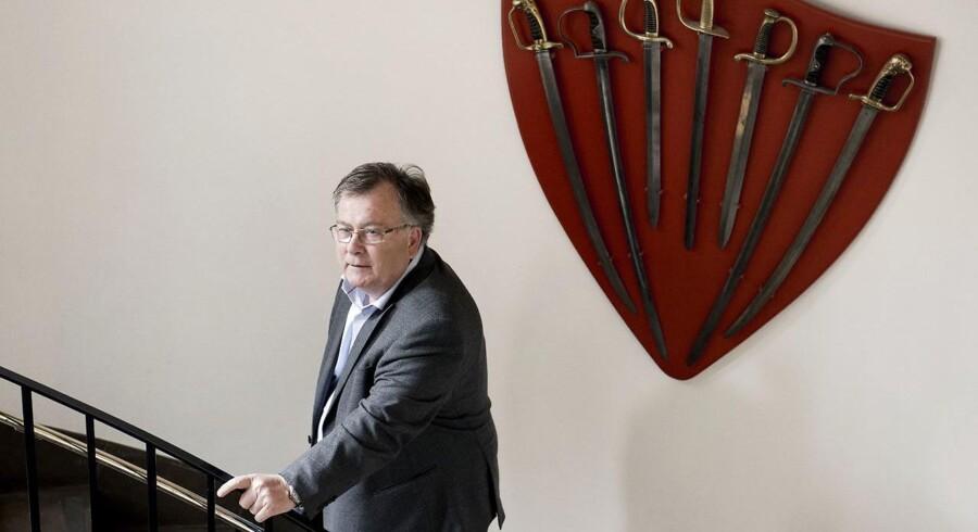 Nato ønsker, at Danmark styrker sit forsvar. Det har forsvarsminister Claus Hjort Frederiksen tre mulige løsninger på.