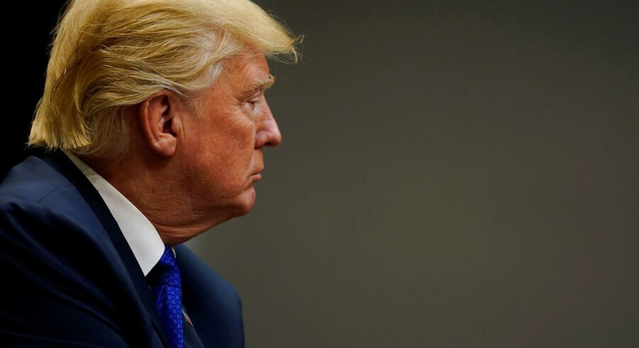 Præsident Donald Trump har i en telefonsamtale med den kinesiske præsident, Xi Jinping, indtrængende opfordret Kina til at få Nordkorea overbevist om, at det må standse sine provokationer.