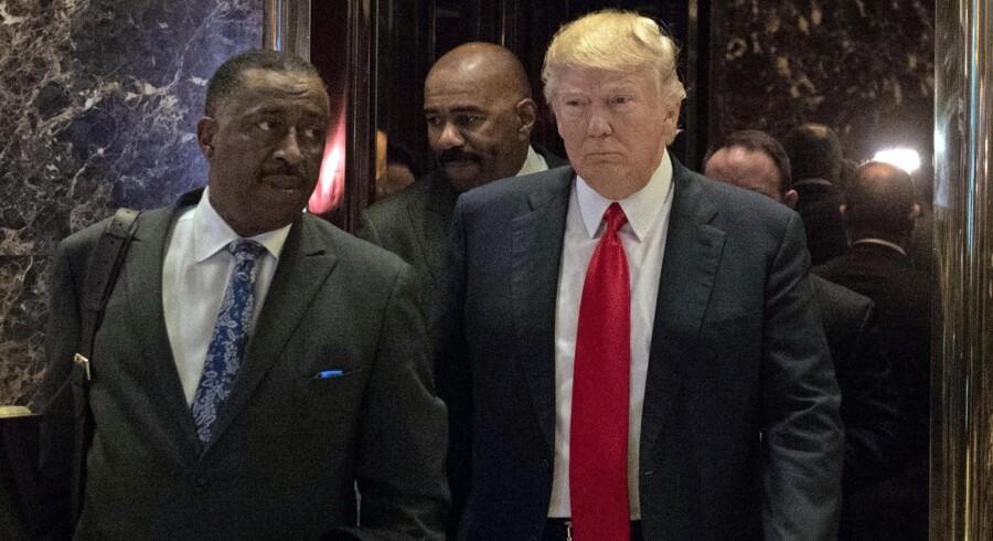 Det begyndte med en ukendt republikaner, der ville spænde ben for Donald Trumps præsidentdrømme. Det endte med udokumenterede postulater, der satte gang i sladder i et omfang, der kunne true selve præsidentmbedet. Foto: Bryan R. Smith /AFP