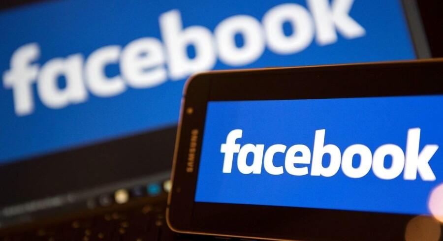 Facebook er blevet ramt af virus, og brugere på det sociale medier bør ikke klikke på links, som ligner en svg.fil.