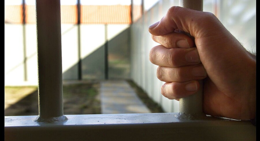 I Storbritannien har man med en investor i ryggen haft held til at nedbringe antallet af løsladte kriminelle, der falder tilbage i kriminalitet.