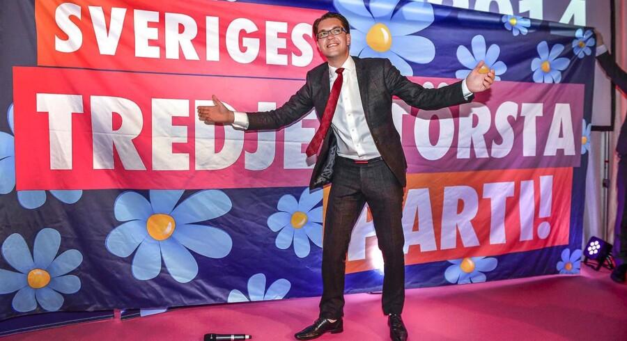 Jimmie Åkesson ved valget i september 2014, hvor Sverigedemokraterne blev det tredjestørste parti i Rigsdagen. Kort efter blev Jimmie Åkesson sygemeldt med stress. AFP PHOTO / TT NEWS AGENCY / ANDERS WIKLUND