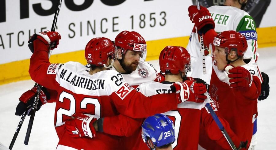 Det danske ishockeylandshold har fået en god start på den sæson, der skal kulminere med VM på hjemmebane i maj.REUTERS/Wolfgang Rattay