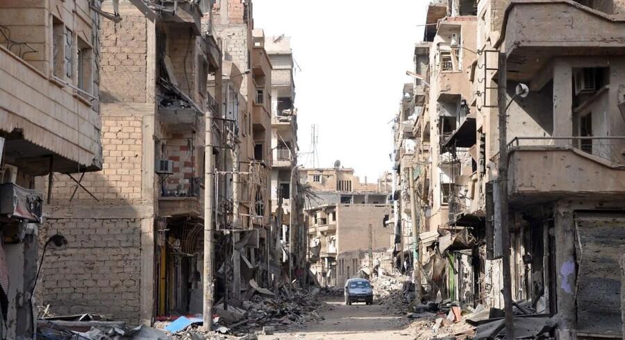Albu Kamal er igen på Islamisk Stats hænder, melder Det Syriske Observatorium for Menneskerettigheder.