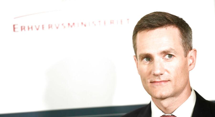 Ønskelisten er lang til landets nye erhvervsminister, 41-årige Rasmus Jarlov (K), som torsdag overtog Erhvervsministeriet efter Brian Mikkelsen.