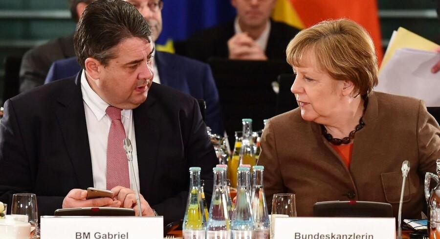 Den tyske regering mødtes torsdag aften og blev enige om at stramme landets asylregler i forlængelse af et større kursskifte de seneste måneder.
