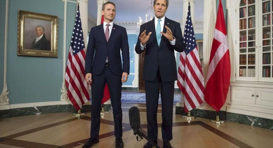 Kristian Jensen på besøg i USA hos John Kerry.