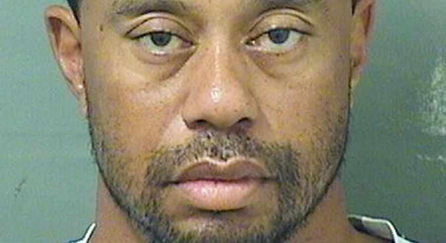Et foto af Tiger Woods fra Sheriffen i Palm Beachs, Florida, kontor. Den verdenskendte golfspiller er mistænkt for spiritus-kørsel.