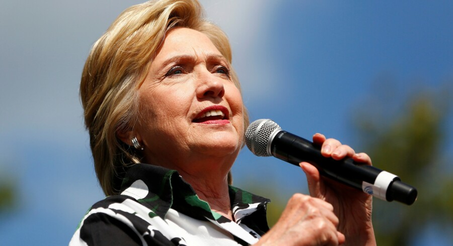 Hillary Clinton har draget fordel af sidste uges demokratiske partikonvent. Selv vælgernes tillid til hende som person er vokset lidt. Reuters/Aaron P. Bernstein