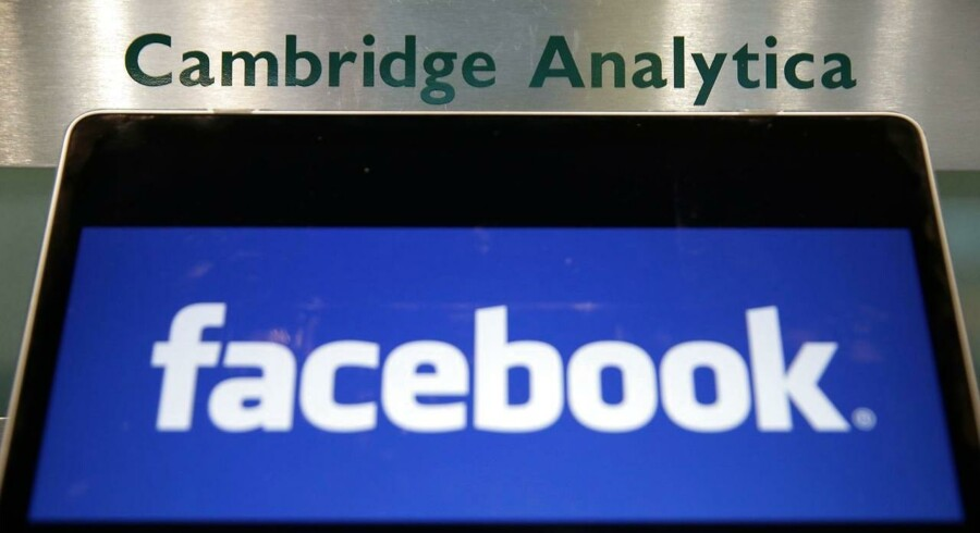 Onsdag den 2. maj 2018 meddeler Cambridge Analytica, at de lukker og slukker helt. . / AFP PHOTO / Daniel LEAL-OLIVAS