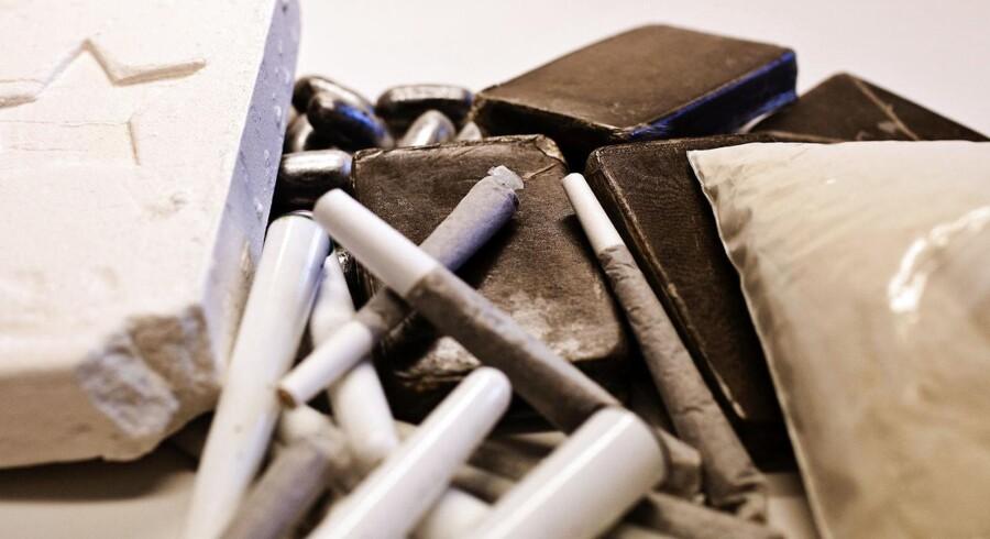Arkivbillede fra kosterrummet på Politigården i København. Beslagt narko. Kokain, joints, hash og heroin.