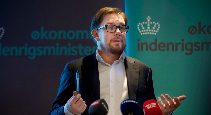 (ARKIV)Simon Emil Ammitzbøll-Bille mandag den 18 december 2017. Magnus Heunicke har kaldt økonomiministeren i samråd i sag, der kan have kostet kommuner millioner. Det skriver Ritzau, torsdag den 28. december 2017.. (Foto: Liselotte Sabroe/Scanpix 2017)