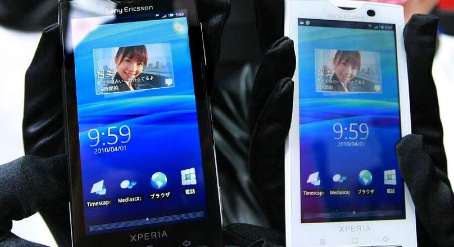 Sony Ericssons nye Xperia X10 er en af de seneste telefoner med Googles styresystem Android. Foto: Jiji Press, AFP/Scanpix