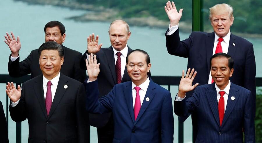 Trump mødtes med Asiens ledere på en 13 dages rundrejse – for at diskutere truslen fra Nordkorea og indgå handelsaftaler for milliarder.