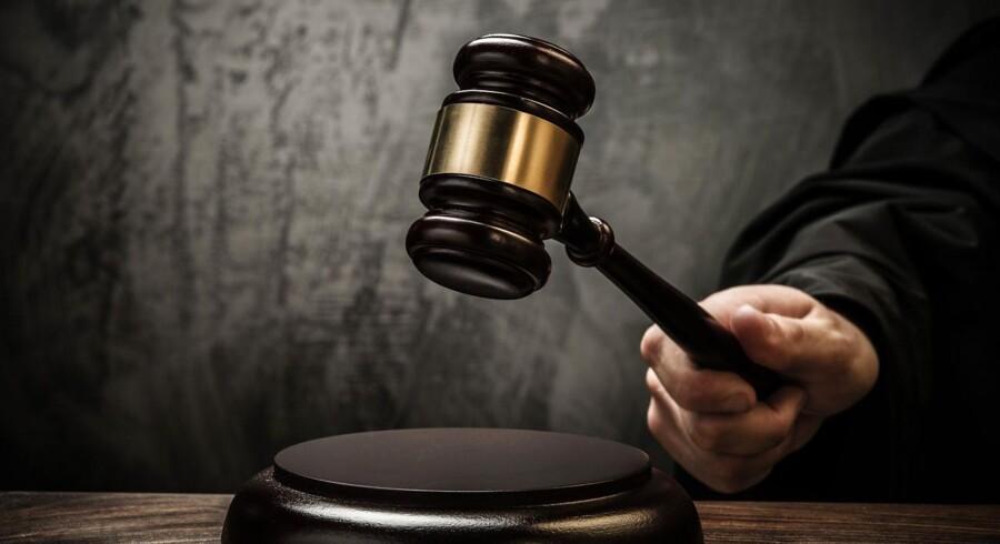 Arkivfoto. En 34-årig mand er tirsdag af Retten på Frederiksberg blevet kendt skyldig i at have skrevet en række upassende beskeder til to mindreårige piger samt forsøgt at mødes med den ene.