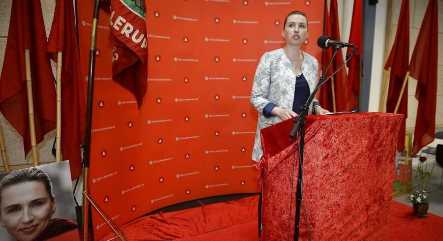 Socialdemokratiets formand, Mette Frederiksen, taler på arbejdernes internationale kampdag hos Socialdemokratiet i Ballerup.