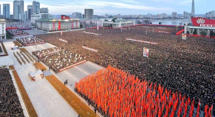 Foto taget den 5. januar viser en millitæropvisning i Nord Korea, hvor lederemn Kim Jung-Un offentliggjorde planer for nye tests af ballistiske misiler.