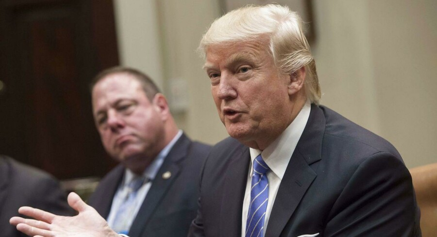 Donald Trump mødes med fagforeningsledere i Det Hvide Hus / AFP PHOTO / SAUL LOEB