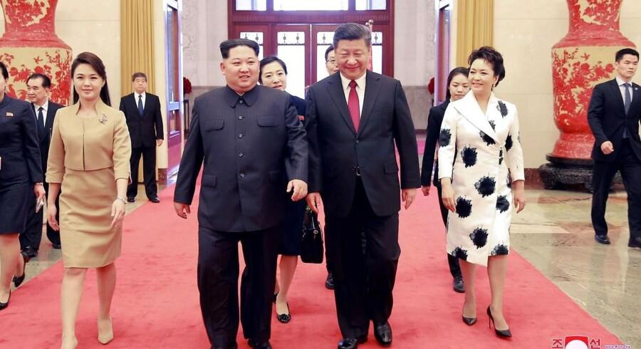 Til mødet skal Kim Jong-un have erklæret sig klar til at fjerne atomvåben fra den koreanske halvø.