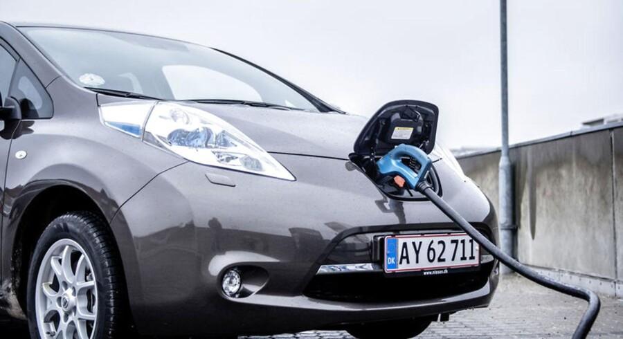 Mens de øvrige lande, vi normalt sammenligner os med, har fået flere og flere el- og hybridbiler de seneste år, har Danmark oplevet en stor tilbagegang siden 2015.