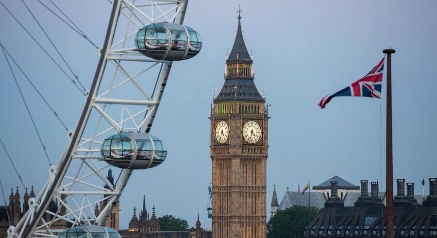 Arkivfoto. Der er blevet barberet kraftigt i forventningerne til væksten i britisk økonomi det kommende år.