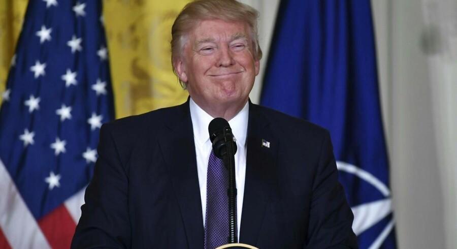 Arkivfoto. I et brud med Obamas politik vil det ikke længere være offentligt, hvem der besøger Det Hvide Hus.