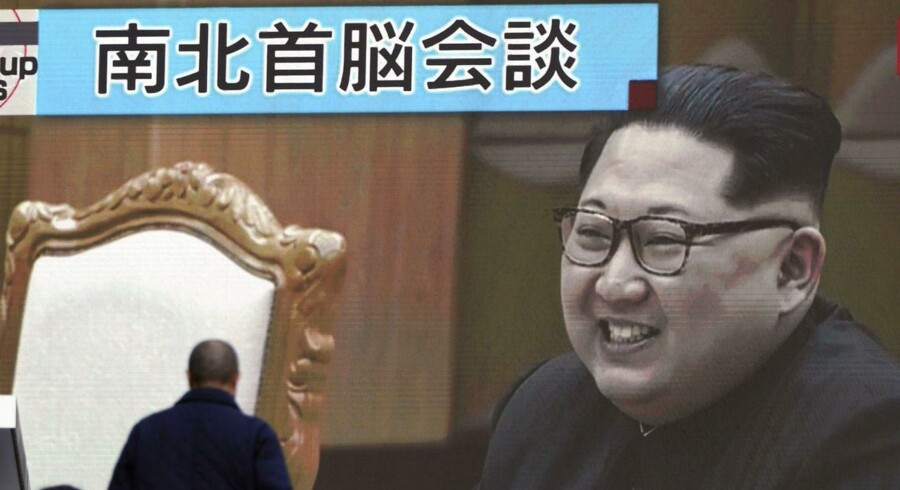 Nordkorea tilbyder tilsyneladende at lade fremtiden for sit atomprogram og sin udvikling af altødelæggende våben blive diskuteret, hvis USA sætter sig til rette ved forhandlingsbordet. Det skriver Ritzau, onsdag den 7. marts 2018. (Foto: Eugene Hoshiko/Scanpix 2018)
