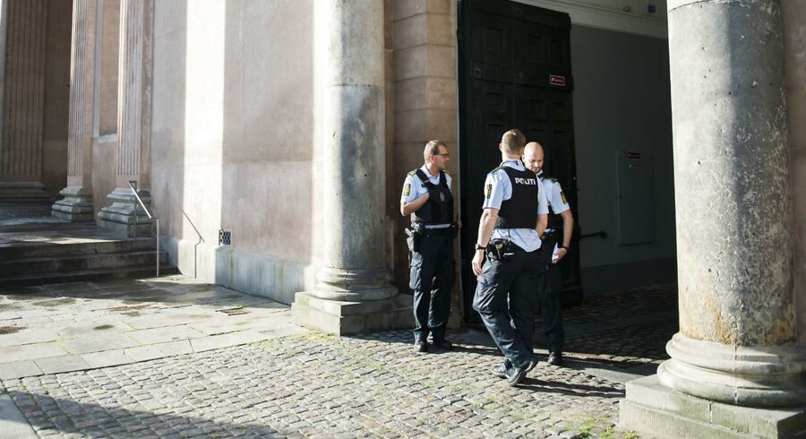Politi foran Københavns Byret.