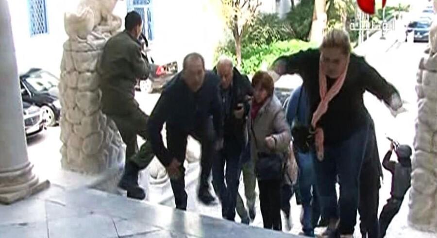 De tyske myndigheder sætter en 36-årig tuneser, der blev anholdt i Frankfurt onsdag morgen. i forbindelse med angrebet på Bardo-museet (billedet). Her blev 21 turister og en sikkerhedsvagt dræbt. Islamisk Stat tog efterfølgende ansvar for angrebet.