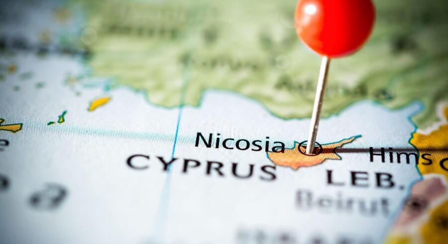 Arkivfoto. Pigens far er efterlyst efter bortførelse i Nicosia. Faren bekræfter, at han har pigen.