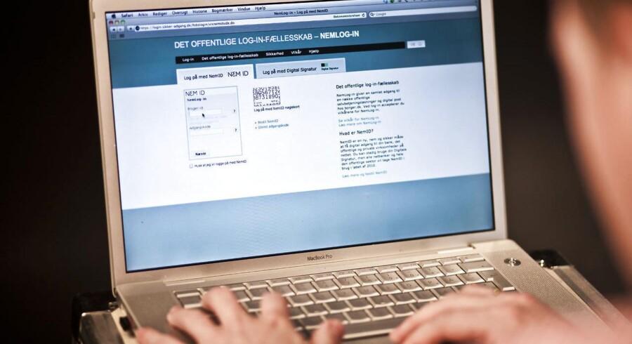 Gennem flere år har det offentlige Danmark arbejdet på at gøre selvbetjening over nettet mere og mere udbredt - og det er danskerne tilsyneladende glade for. Arkivfoto: Jonas Vandall Ørtvig/Scanpix