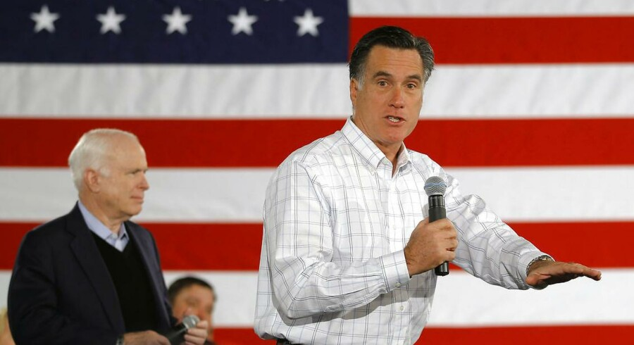 ARKIVFOTO: John McCain og Mitt Romney advarer mod Donald Trump som republikansk præsidentkandidat.