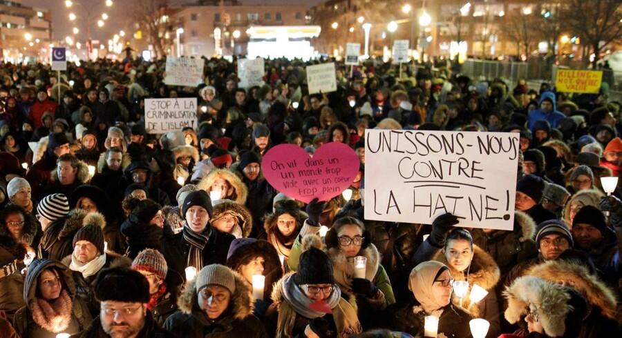 En moské i Québec blev søndag aften lokal tid ramt af et blodigt angreb, der sidenhen er blevet betegnet som »terror« af både regionens politiske leder, Philippe Couillard, og af Canadas premierminister, Justin Trudeau.