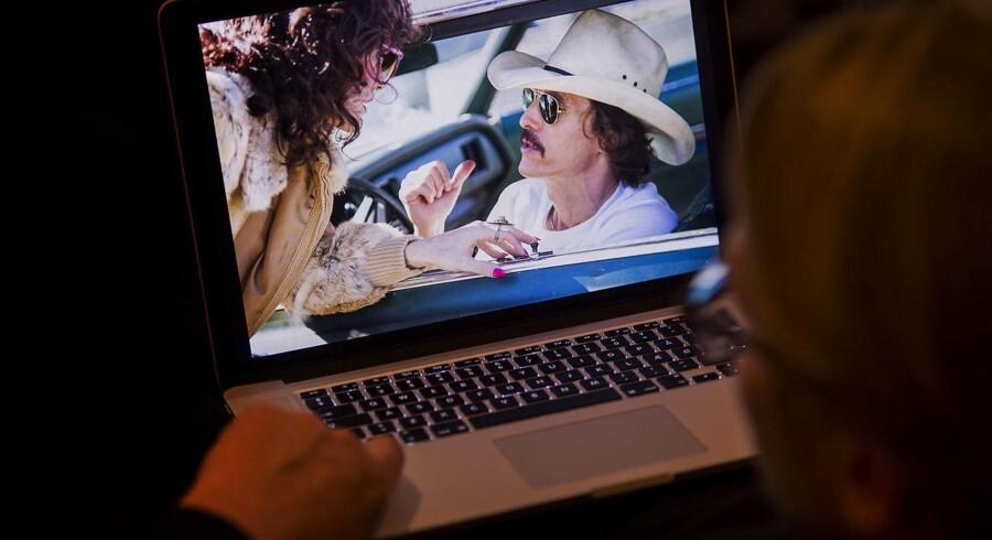 Ulovlig download af film har sat teleselskaberne på overarbejde, fordi advokater vil have fat i personerne bag IP-adresserne. Men lovhjemlen er uklar. Foto: Iris