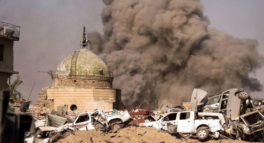 Den irakiske regering erklærede Mosul (billedet) for befriet fra terrorbevægelsen Islamisk Stat i midten af Juli. Nu er der anklager om krigsforbrydelser begået i Mosul af irakiske styrker.